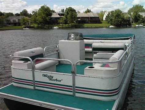 Craigslist Used Boats By Owner by Used 16 Foot Boat With 9 9 Motor 171 All Boats