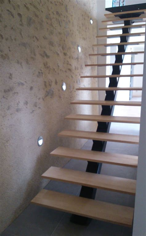 escalier metal droit limon central mecametal