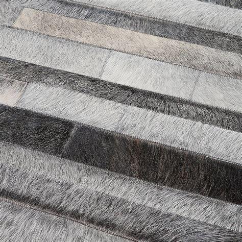 amazing tapis blanc pas cher tapis en patchwork de cuir gris jacob home spirit x with tapis peau