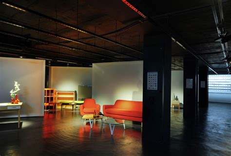 made showroom by bureau de change design office 187 retail design