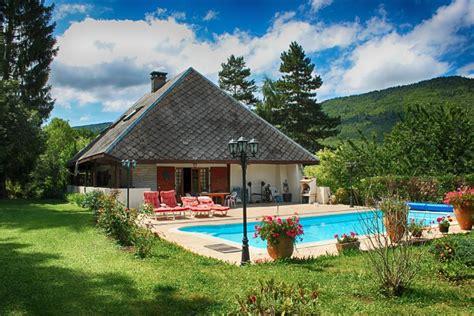 maison 224 vendre en rhone alpes savoie annecy ancienne grange r 233 nov 233 e 224 rafra 238 chir avec piscine