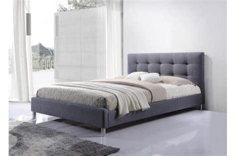 lit gris 160 en tissu avec t 234 te de lit capitonn 233 e tulius