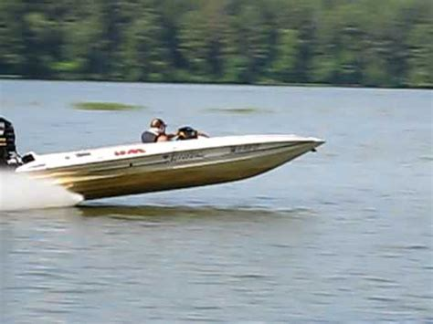 Fast Boat Videos by Fast Bass Boat Videos River Daves Place