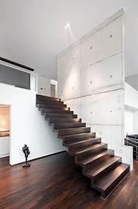 Treppen Handlauf Vorschriften : wohnhaus modern treppen berlin von architekturfotografie adrian schulz ~ Markanthonyermac.com Haus und Dekorationen