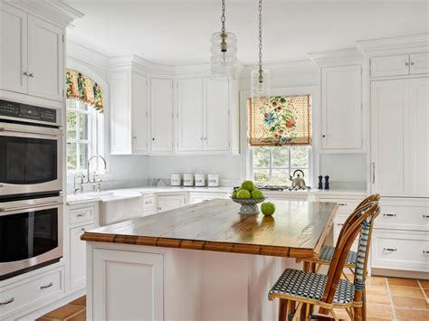 Choosing The Right Kitchen Window Treatments Interior