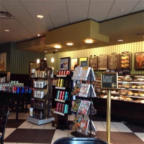 barnes and noble dallas barnes noble booksellers 15 photos 41 reviews