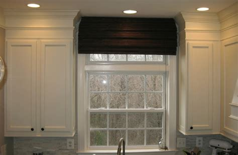 adding molding to cabinets remodelando la casa adding moldings to your kitchen cabinets