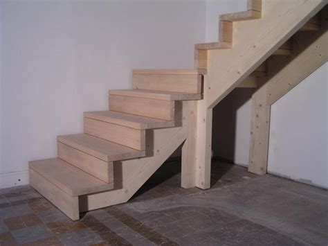25 best ideas about escalier 1 4 tournant on