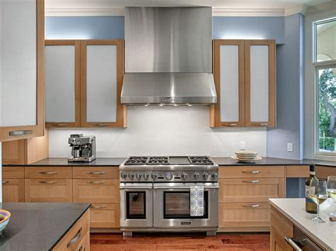 Undercabinet Lighting Choices  Diy