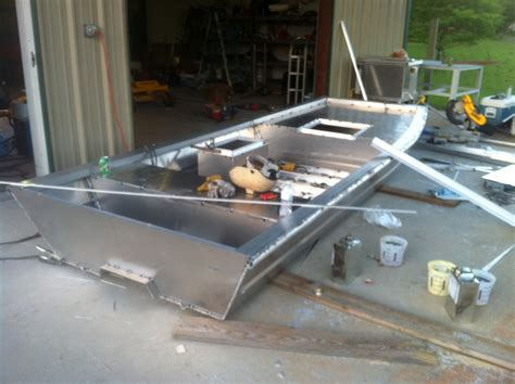 Older Model Deck Boats by Aluminum Tunnel Hull Boats Page 2 The Hull