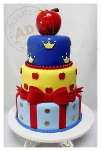 snow white cake 17 best images about snow white birthday on