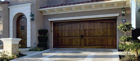 Custom Wood Garage Doors By Overhead Doors Walk In Closet Designs Build New House Barn Home Decor Exterior Paints For The Best One Modern Backyard Dillards Innovative Materials Stores Online
