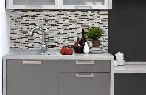 inspirations photos un carrelage mural adh 233 sif pour la cuisine smart tiles