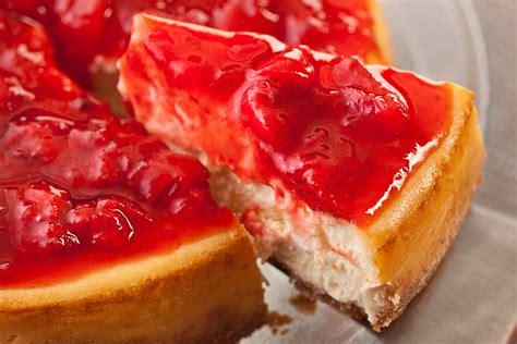 strawberry cheese cake amazing cheesecake recipe chowhound