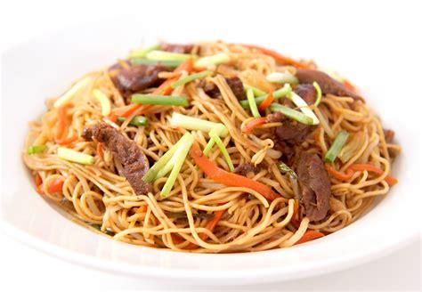 la cuisine de bernard nouilles saut 233 es chinoises aux