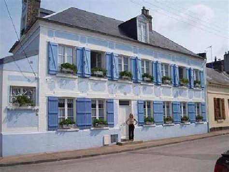 les petits d 233 jeuners picture of la maison bleue en baie le crotoy tripadvisor