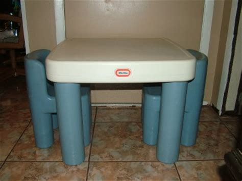 tikes tykes table w drawers 2 chairs craft ebay