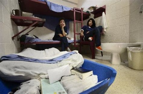 Boat Bed In Jail by Boulder County Jail Spike In Female Inmates Pushes Some