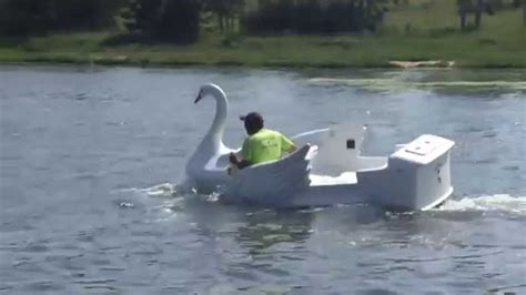 Swan Boats Videos by Old Amusement Park Ride Swan Reborn As Speedboat Youtube