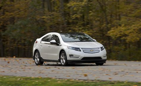 new chevrolet volt to offer shorter electric range 187 autoguide news