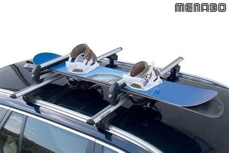 porte skis sur barres de toit menabo iceberg 4 paires de skis ou de 2 snowboards