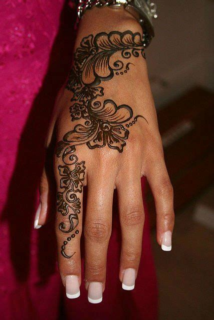 Best 25+ Hand Tattoos For Men Ideas Only On Pinterest  Mens Hand Tattoos, Rose Tattoos For Men