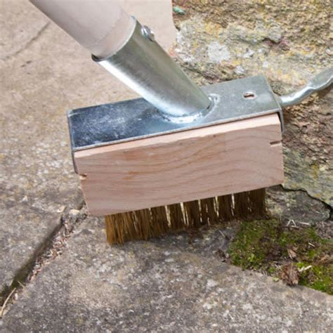 2 in 1 patio paving decking cleaning and weeding brush
