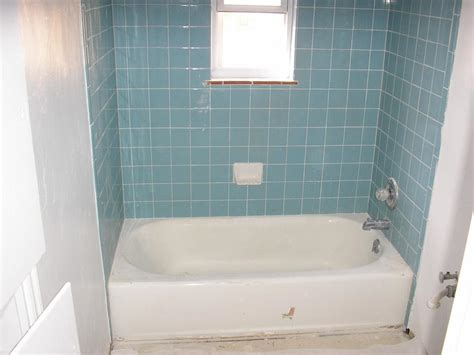 tub and blue tile 1 from gotham city reglazing
