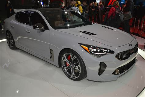 2018 Kia Stinger Shows Off In Detroit In Red, White And