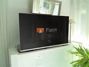 Fernseher Verstecken Möbel : tv m bel mit schwenkbarem flatlift fernseh lift tv lift projekt blog ~ Markanthonyermac.com Haus und Dekorationen