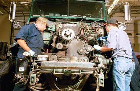 Boat Repair Training Schools by Top Schools With Diesel Mechanic Programs