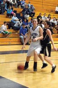 Buzzer beater gives MCHS girls basketball team 61-60 ...