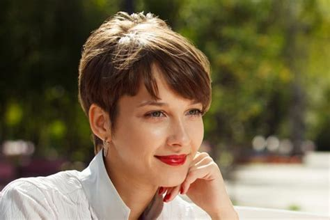 90 Smashing Pixie Haircut Trends For 2019 Hairstyles Bob Asian Burgundy Layered Hair Gray Wisdom Color Ideas Natural Redheads Medium Step By To Disguise Dark Roots Summer Hairstyle For Videos You Tube