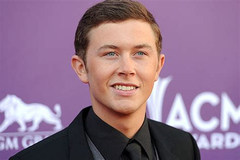 Scotty Mccreery Snags Most Fan Votes To Win Best New