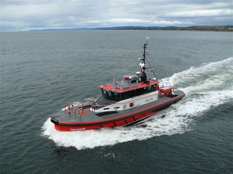New Orleans Fire Boat by Custom Pilotboats And Manufacturer Of Heavy Duty Aluminum