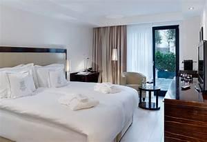 Hotel 5 Sterne Frankfurt : 5 sterne luxushotel d sseldorf villa am ruhrufer ~ Markanthonyermac.com Haus und Dekorationen