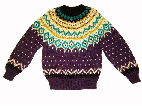 A Guide To The Types Of Knit Sweaters