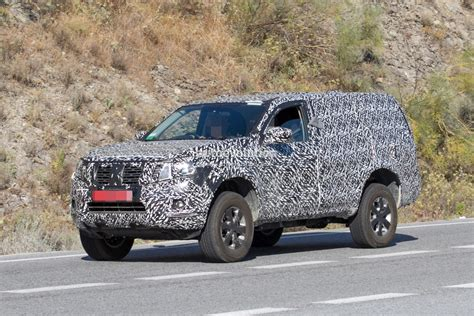 Nextgen 2019 Nissan Pathfinder Spied, Shows Radical Front