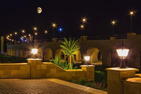 Outdoor Lighting : Tips For Commercial Landscape Lighting