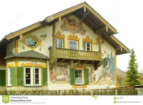 maison peinte dans oberamergau allemagne photographie stock libre de droits image 4514587