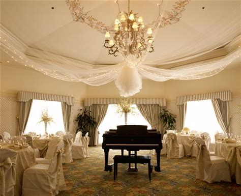 the of tulle as a wedding decoration
