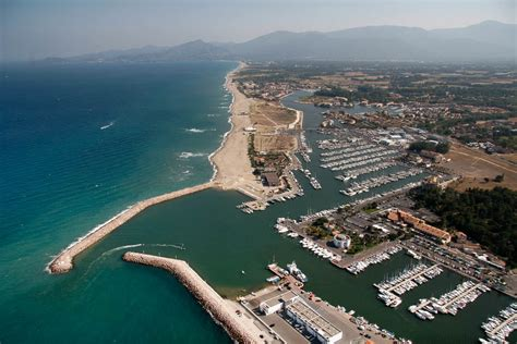 the port site officiel de l office de tourisme de cyprien