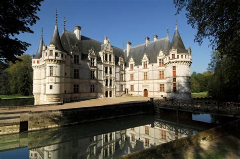 i plan to visit some loire valley chateaux this fall take a look and help me narrow it