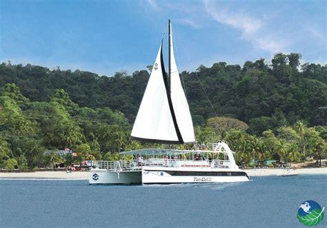 Excursion Catamaran Manuel Antonio catamaran costa rica island adventure in manuel antonio