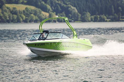 Motorboot Fahren In österreich by Motorboot Sport Motorboot Fahren Am Millst 228 Tter See