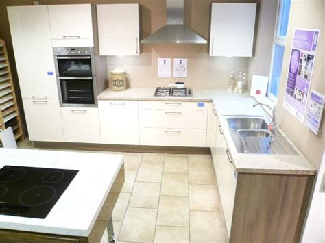 Exdisplay Kitchen And Appliances For Sale  Dewhirst Kitchens