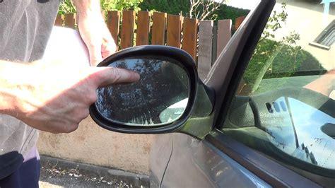 changer un miroir de r 233 troviseur en 1 minute