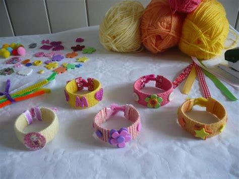 des bracelets avec le rouleau en du papier toilette recette bracelets