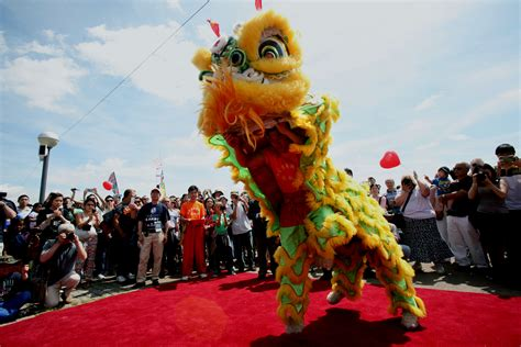 The London Hong Kong Dragon Boat Festival by Over Ten Thousand People Come To Join London Hong Kong