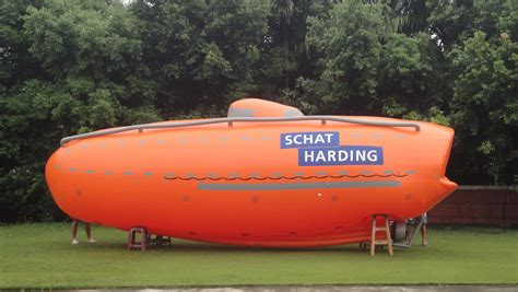 Inflatable Boat With Helium by Giant Inflatable Lifeboat